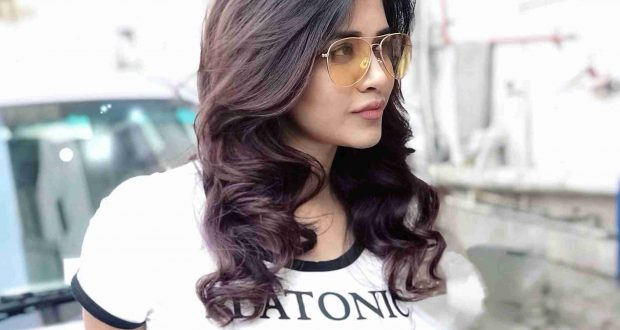 Latest stills of Heroine Nabha Natesh